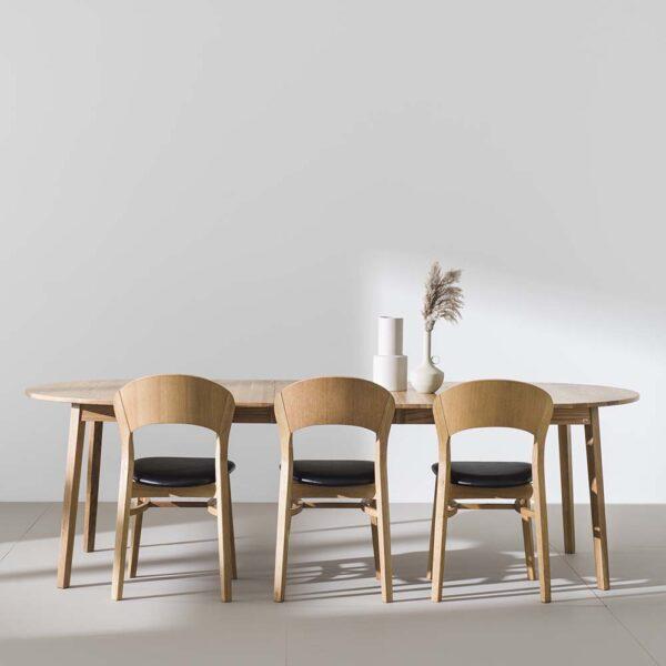 HANS K söögilaua tool 'RAINBOW', erinevad viimistlused